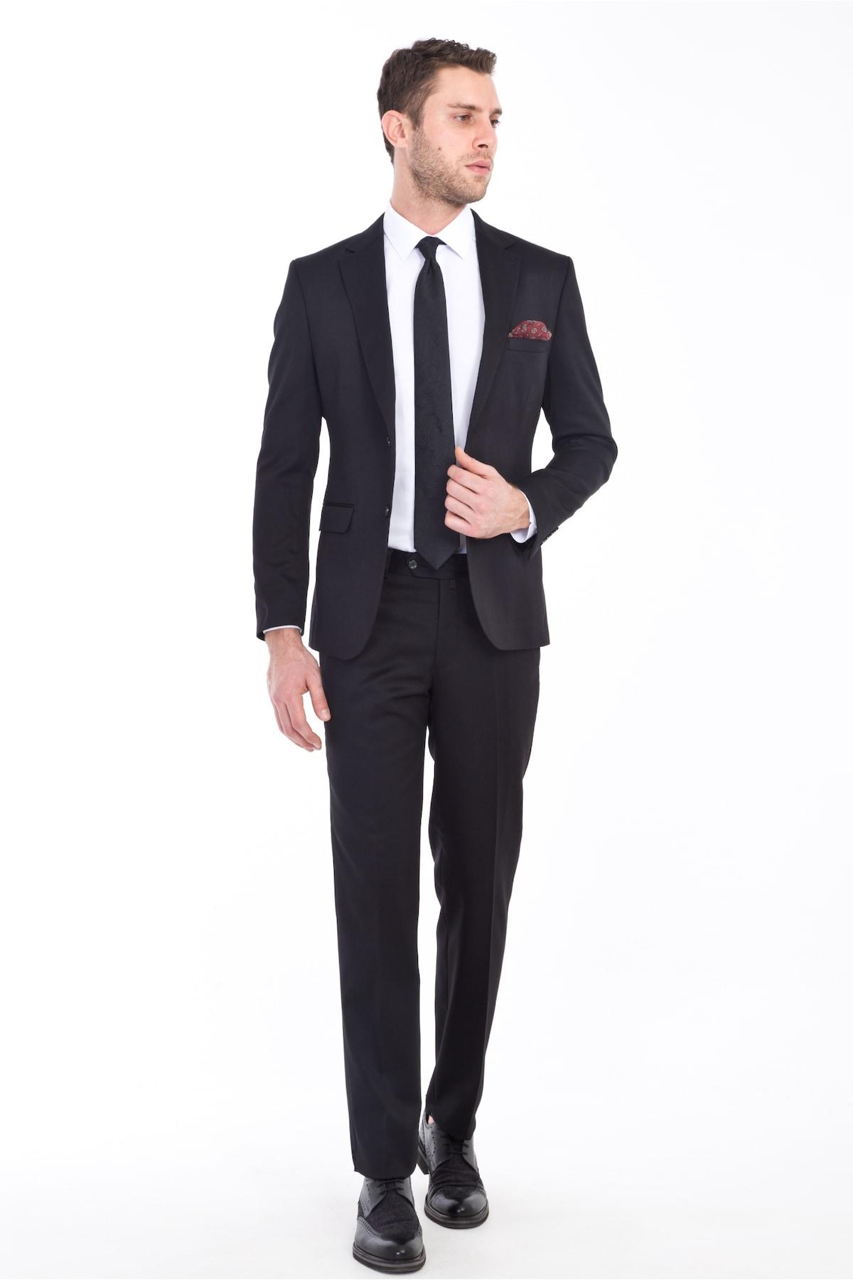 Vücut Tipine Uygun Erkek Takım Elbise Seçimi Nasıl Yapılır?