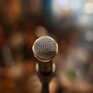 Topluluk Karşısında Konuşma Eğitimi