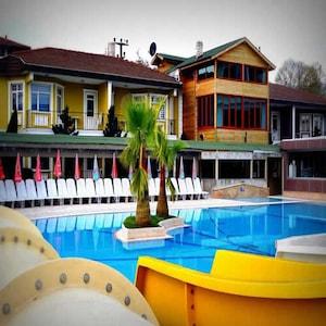 Aqua Sapanca Hotel & SPA