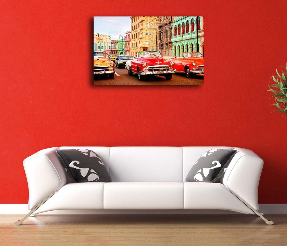 Kırmızı Klasik Araba